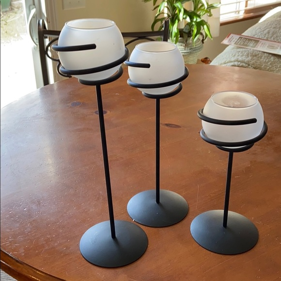 Party Lite trio iron/ frosted glass votive holder